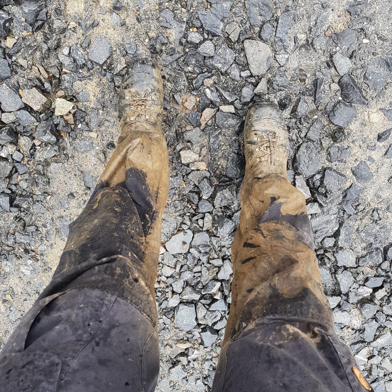Weggezakt in de modder